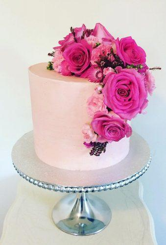 mini wedding cakes pink flower cake thesparklingspatula