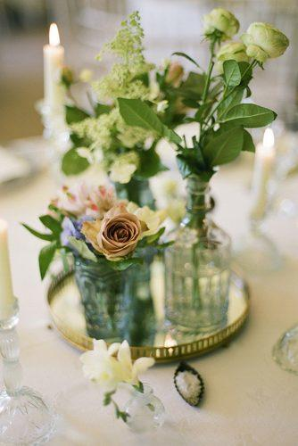 mirror wedding ideas flowers in glass vases on mirror tray brosnan photographic