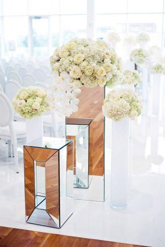 mirror wedding ideas mirror stands with flowers henry photography