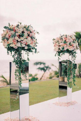 mirror wedding ideas mirror stands with white and orange roses thecablookfotolab via instagram