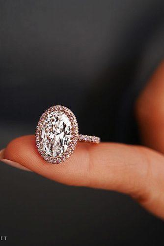 engagement ring trends 2019 rose gold diamond oval halo