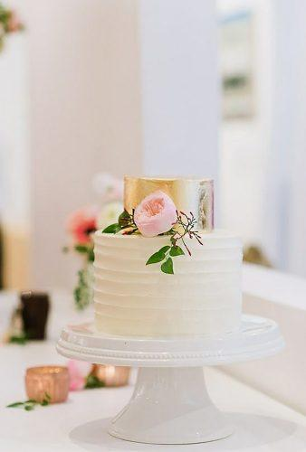 small wedding cakes small cake with gold flourandflourish