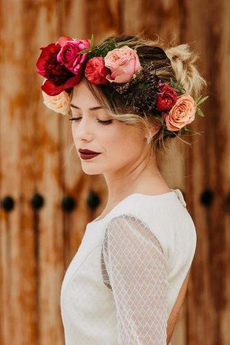 wedding hairstyles with flowers red flower crown ohfleurs estilismofloral