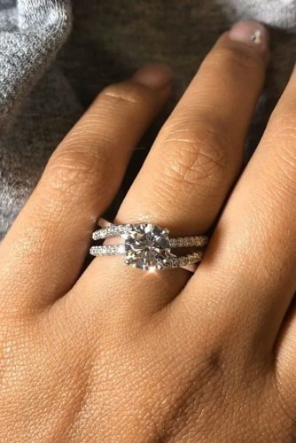 ritani diamond engagement rings round cut engagement rings solitaire engagement rings white gold engagement rings twisted bands uniuqe rings ritani