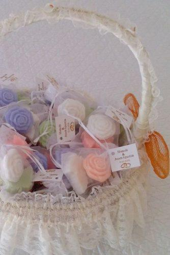 cheap wedding favors baskets with soap carlaadara via instagram