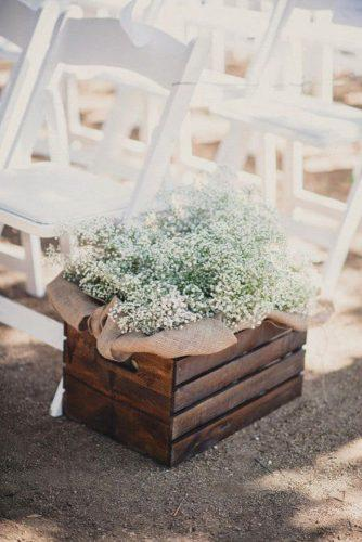country wedding aisle decorated with wooden palette box burlap and baby breath next to me studios
