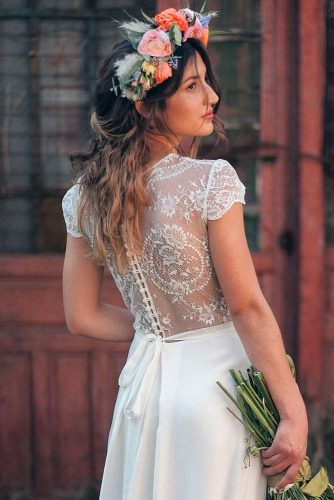 fall wedding hairstyles flower crown pandofloristas