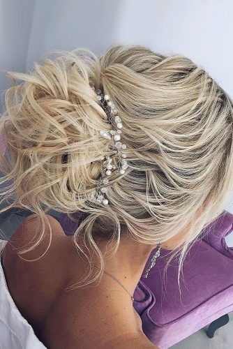 fall wedding hairstyles messy updo blondhair my wedmakeup