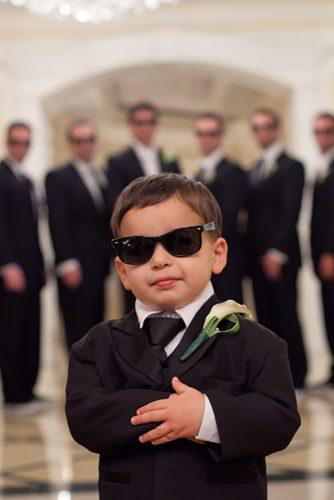 groomsmen photos boy in glass jeffkolodnyphotography