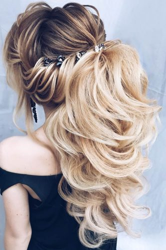 pony tail hairstyles topsy blond hair topsy alena famina