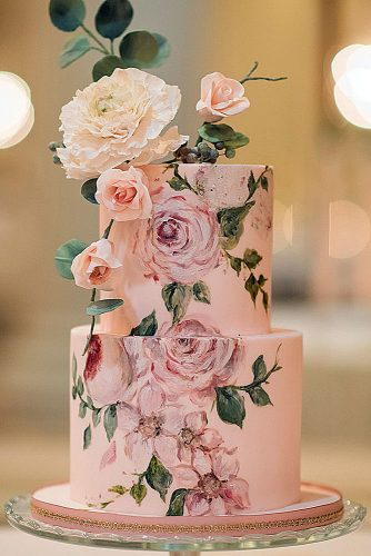 unique wedding cakes rose flower painted blynda dacosta photography via instagram