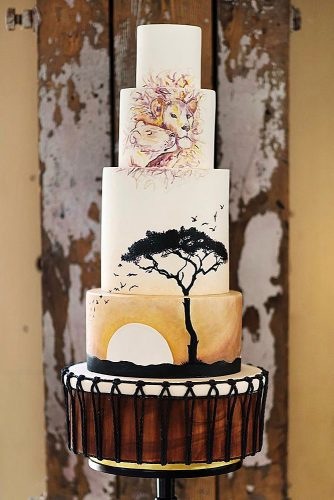 unique wedding cakes tall african theme with lion and lioness hongphotography via instagram