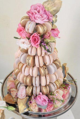wedding cake alternatives pink macaron with flowers laombrecreations