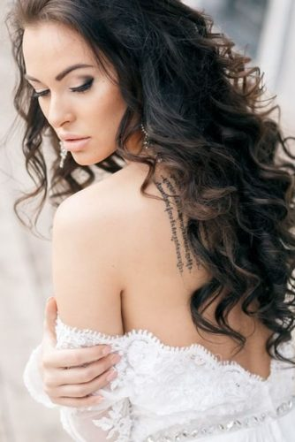 wedding hair and makeup soft curls dark hair nataliyalegenda