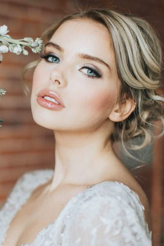 wedding makeup blush blue eyes somethingborrowedbeauty