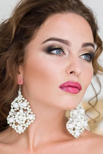 wedding makeup for brunettes blue eyes with bright lips archstyle