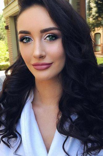wedding makeup for brunettes green eyes side hair juliadzhulay