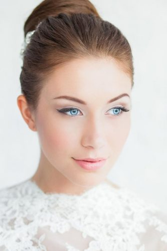 wedding makeup for brunettes soft with bun nataliyalegenda