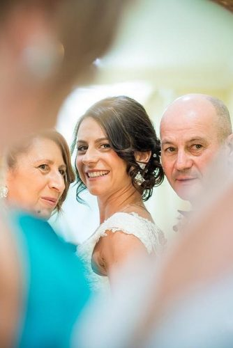 wedding photo book family bride with parents mimmo salierno fotografia