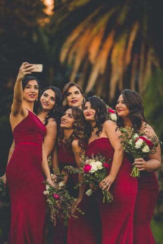 wedding photo book guests bridesmaids in red kegen photography