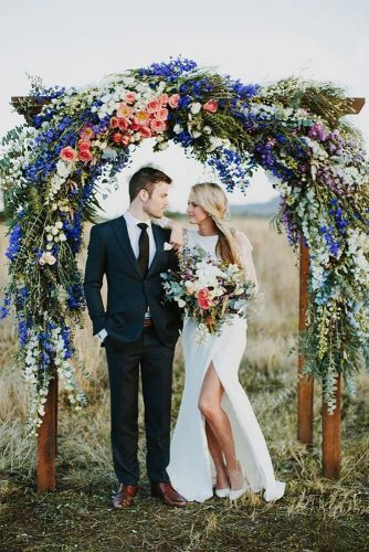 wedding photo shoot arch with color flower heartandcolour