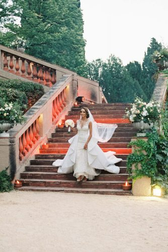 zeynab kanso wedding ceremony wedding photos bride goes down the stairs joseba sandoval