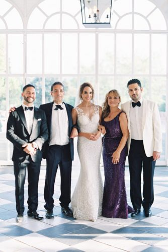 zeynab kanso wedding family photo with bride and groom 1 joseba sandoval