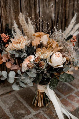 beautiful wedding bouquets bohemian pampas grass with mustard dry flowers kathiundchris