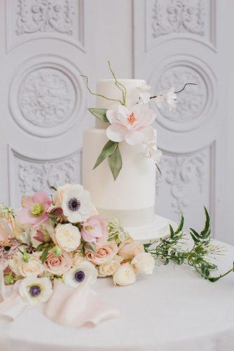 black and white wedding cakes small cake with flower goochandgawler