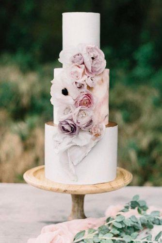 black and white wedding cakes white cake with tender flower heytherecupcake