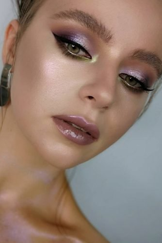bridesmaid makeup elegant pastel unusual lilac pink eyeshadow mua_yuliapishchelina