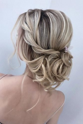 bridesmaid updos loose low updo on blonde hair hairbyhannahtaylor