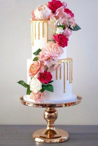 drip wedding cakes drip gold cake with flowers keepitcake