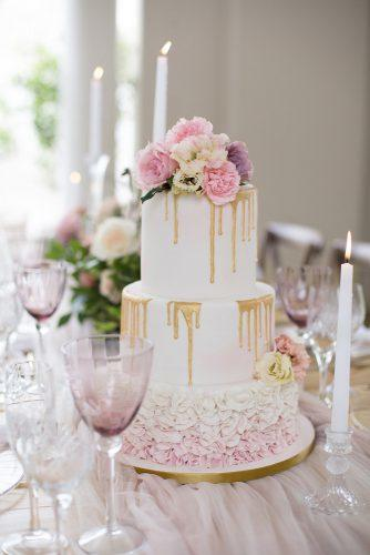 drip wedding cakes white lilac pink with flowers and gold veronique mills photography