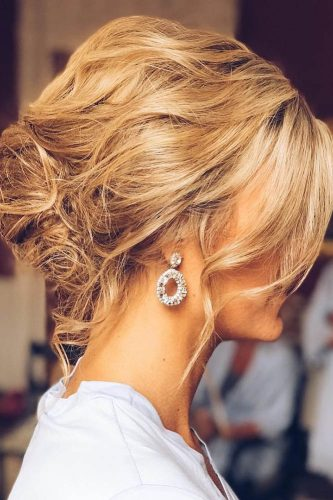 fall wedding hairstyles messy updo ashandcobridalhair
