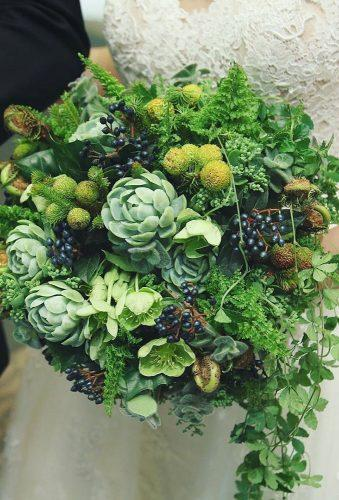 green wedding florals total grenn bouquet luckandji