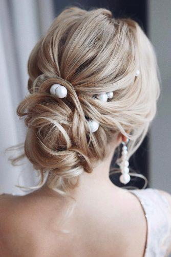 hair accessories inspiration elegant updo on blonde hair with pearls tonyastylist