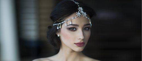 27 Lovely Wedding Hair Accessories Ideas & Tips