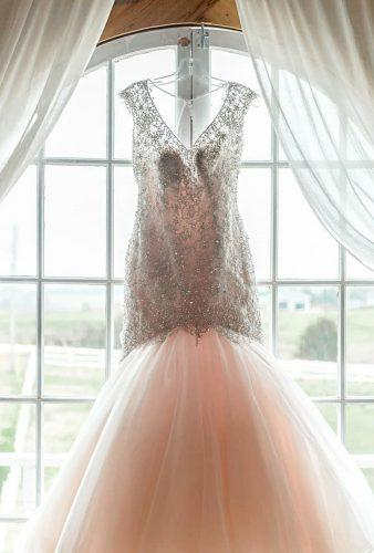hanging wedding dress dress details laurarobinsonphoto