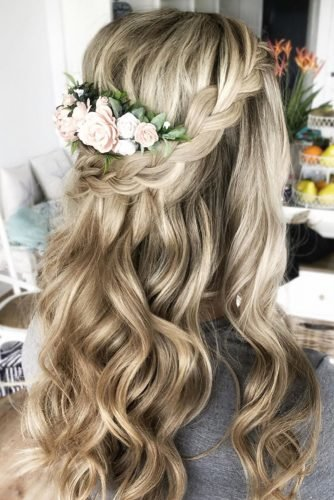 mother of the bride hairstyles Half up with flowers on long blonde hair sunshinebrides