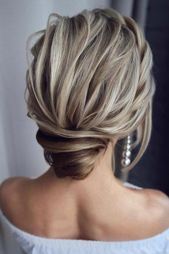 mother of the bride hairstyles textured low bun swept on blonde hair tonyastylist