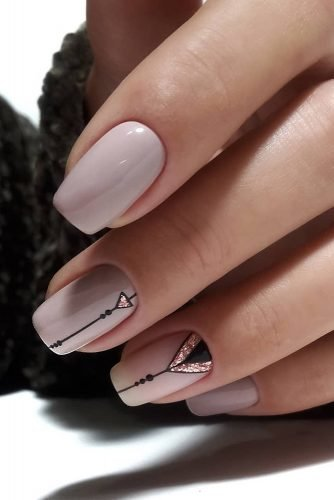 nail ideas nude pink with black stripes elinanailsart