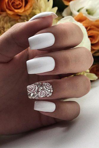 nail ideas wedding all white with roses and silver paulines_studio