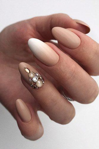 nail ideas wedding ombre white nude with gold rhinestones paulines_studio