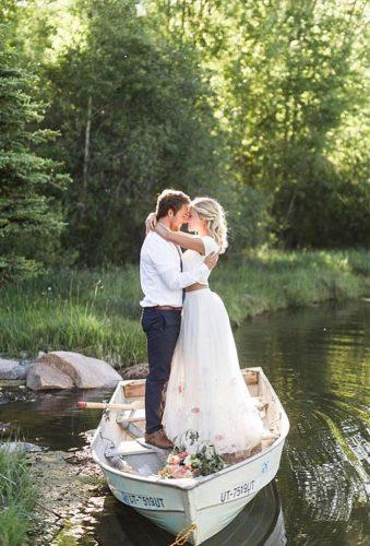 romantic photos wedding day couple in boat travisj photo