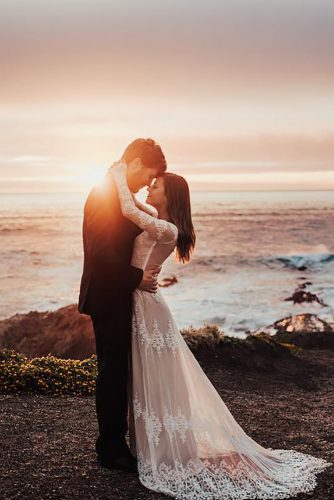 romantic wedding beach sunset photo tessatadlock