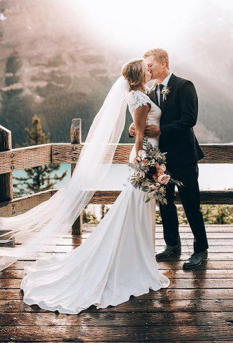 romantic wedding wedding kiss in mountains dukemoose