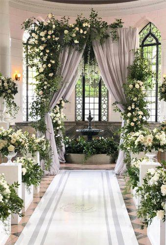 simply chic wedding flower decor ideas grenery ceremony decor rachelaclingen