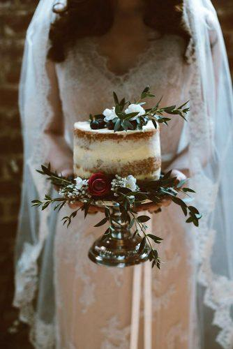 small rustic wedding cakes naked with flowers and greenery sue slique photography