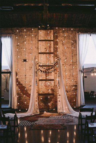 wedding backdrop ideas light ceremony decor featherandtwinephotography